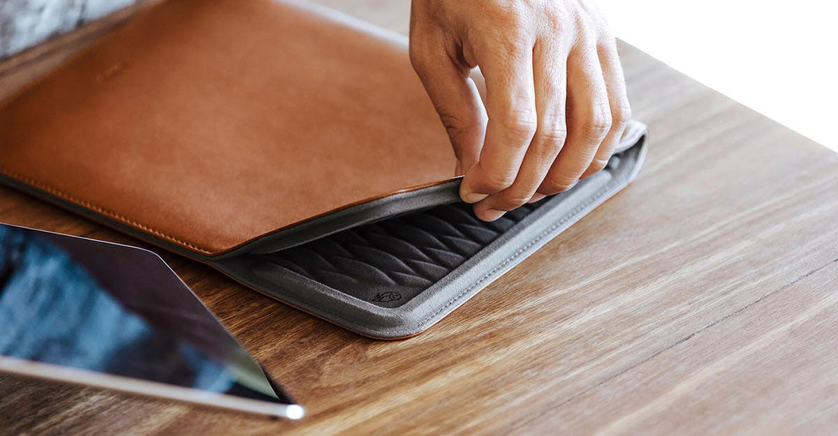 Tablet Sleeve - Suojakotelo
