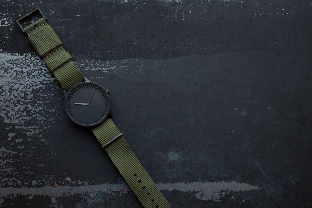 2afe4b767 Leff Amsterdam Tube Watch T40 Black / Nato - Mukama